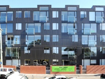 Nouvo Apartments Wellington - Colorsteel Wall Cladding & Colonial Red Bricks